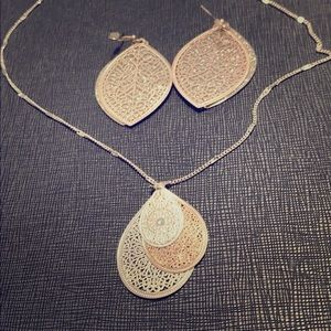 Rise gold and silver necklace & earrings.